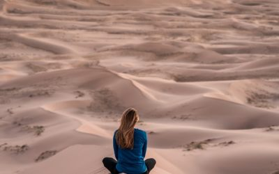 Jak praktyka jogi zwiększa pewność siebie?