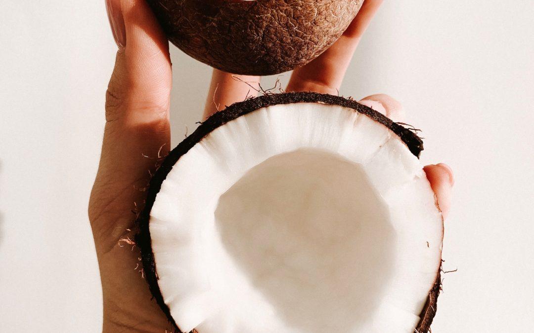 Kokosowa pasta do zębów – jak ją wykonać?
