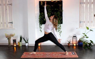 Zmień swoje życie: zacznij praktykować jogę kundalini!
